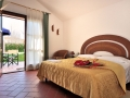 Spacious double rooms in which to spend undisturbed nights  between day trips out and about